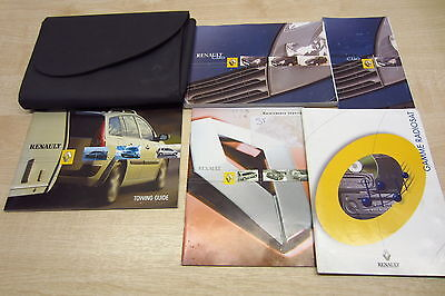 Renault Clio Owners Manual & Service Book w/Wallet 2001 2002 2003 2004 2005 Pack