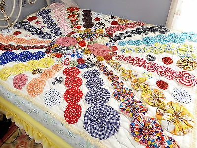 Vintage Yo Yo Quilt, Quilted Bedspread, Quilted Bedding, Hand Stitched Yo Yo,