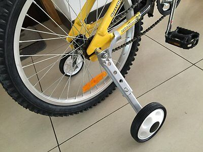 """Variable Speed Bicycle Training Wheels Adjustable for Childrens Kids 16"""" to 24"""""""