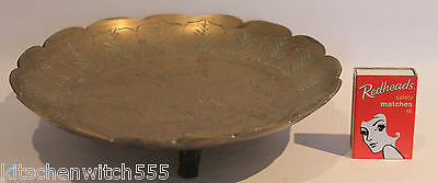 Brass Bowl Etched 3 Footed Shallow Dish Decorative Scallop 20cm diam Vintage