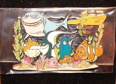 Disney Store Shopping DS Finding Nemo Storybook Jumbo LE 500 Pin