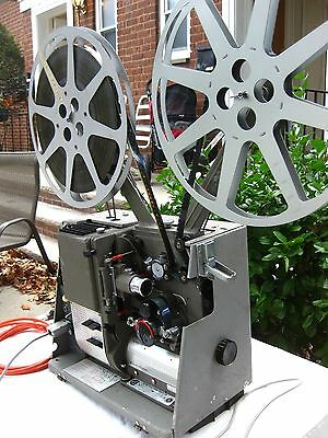 Kalart Victor 7015 16Mm Optical Sound Projector  Just Serviced!