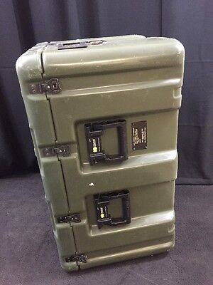 "HARDIGG/PELICAN Wheeled Case Medical Chest No. 7 33x21x19"" Pressure Relief"