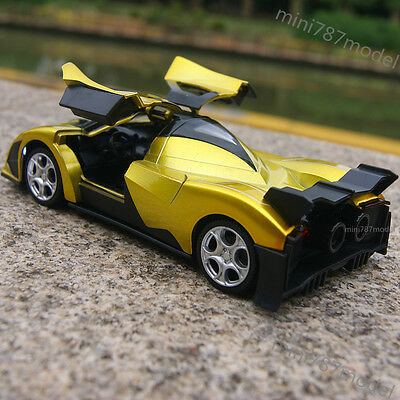 Devel Sixteen Super Model Cars 1:32 Sound&Light gifts Alloy Diecast Gold Toy New