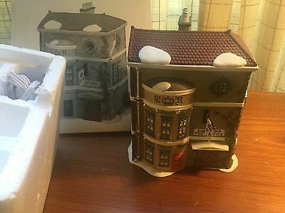 "Dept 56 Dickens Village ""King's Road Post Office"" 58017"