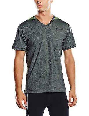 686098-361 New with Tag Nike Men/'s ULTIMATE SHORT SLEEVE V-Neck T-Shirt GREEN