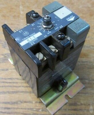 Allen Bradley 852S-NSA Time Delay Relay Series G 0.1-5 Seconds