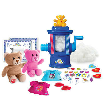 Build-A-Bear Workshop Stuffing Station Teddy Craft Outfit Decorate Heart Locket