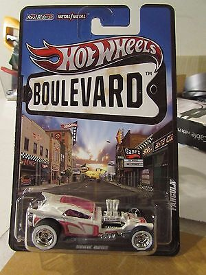Hot Wheels Boulevard Real Riders Tires Fangula Show Rods White