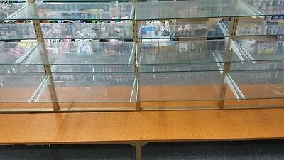 Retail Shop Fittings Doublesided Display -Adjustable Glass Shelves & Wooden Base