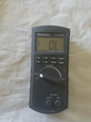 Omega CL3512A Handheld Temperature Calibrator and Thermometer No Case or Probes