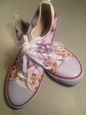 Hot Topic Cat Sneakers White With Cat Face Print Size 10/12 Canvas