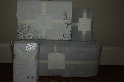 4pc NWT Pottery Barn Kids Cora nursery set: quilt crib skirt sheet & bumper gray