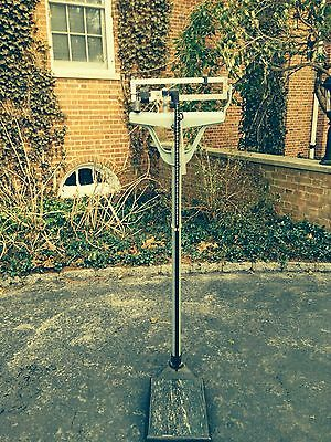 Vintage Detecto Medical Scale Display Rare Antique Doctor Or Gym Scale 300 Lb