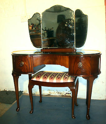 Good Vintage Art Deco Queen Anne dressing table and stool