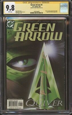 Green Arrow #1 CGC SS Signed 9.8 Kevin Smith Quiver 005