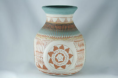 "Vtg Navajo Etched Pottery Signed 6.5"" x 5"" Detailed Multicolor"