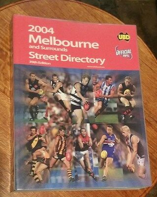 UBD Melbourne & Surrounds Street Directory 39th Edition 2004