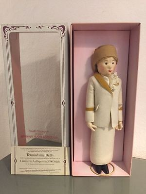 Steiff® 9100/45 - Tennisdame Betty, Replica, Mit Zertifikat, Neu/ovp