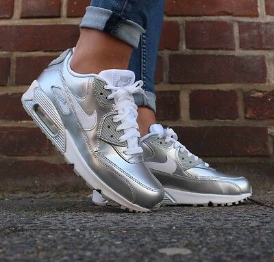 Youth / Womens Nike Air Max 90 Sneakers New, Chrome / Silver 724871-100