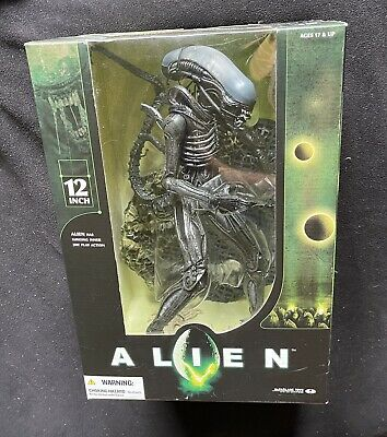 "McFarlane LUNGING JAW ALIEN 12"" Movie Figure Statue Maniacs"