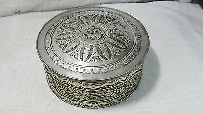 Vint. SMITH CRAFTED ORNATE COOKIE SEWING TIN LOS ANGELES SILVER METALWARE LARGE