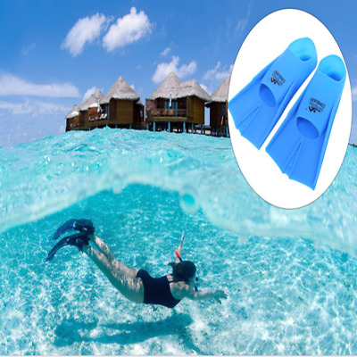 1 Paired Lightweight Practical Silicone Diving Snorkeling Swimming Flippers Fins