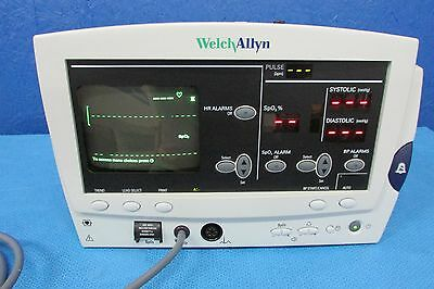 Welch Allyn 6200 patient monitor with cable