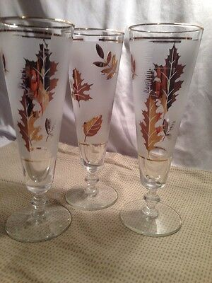 Vintage Fluted Champagne  Glasses Frosted With Gold Trim And Leaves