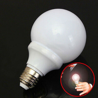 Magic Trick Light Bulb Magnet Control Lamp Magician Stage Close-up Street Prop