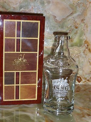 Dewers Signature Bottle and Wood Laqured Box