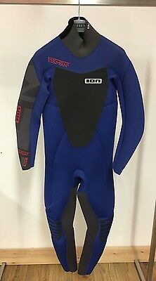 Brand New 2015 ION Men's ELEMENT Semidry 5,5MM Wetsuit Blue (size S)