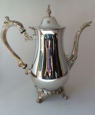 Vintage Classic Webster Wilcox Int. Silver Plated Water Pitcher with Ice Lip