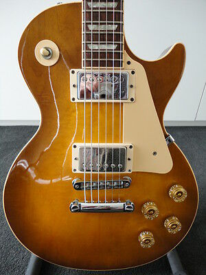 Gibson USA Les Paul Standard with Deluxe Hard Case - 'As New' Condition