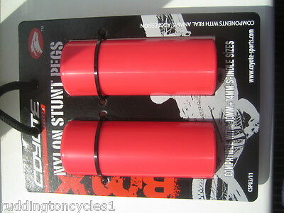 Red Nylon Coyote BMX Stunt Pegs Cycle / Bike Trick Nuts Grind Pegs 10 /14mm