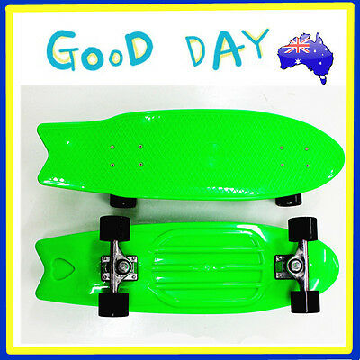 Full Size Plastic Skateboard Old School Retro Cruiser Banana Penny Board Green