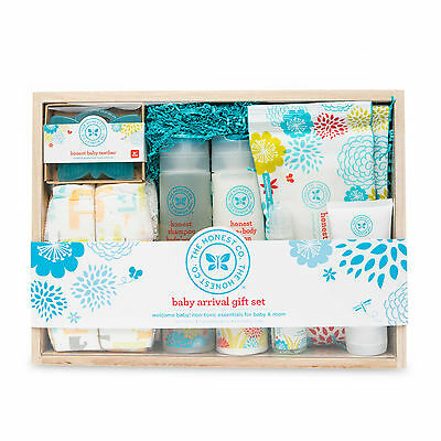 NEW Honest Baby Arrival Gift Set Newborn Wipes Diapers Sanitizer Lotion Organic