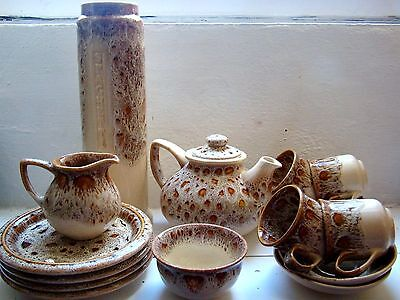 Various Fosters Pottery Cornwall Honeycomb Plates Cups Storage Teapot Jug Sugar