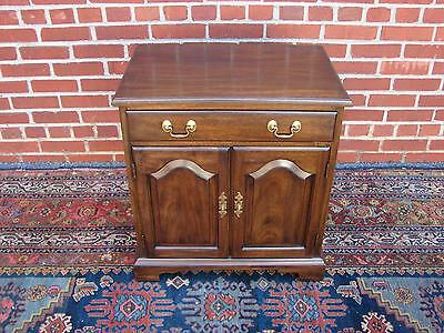 Henkel Harris Solid Mahogany Night Stand End Table Chest