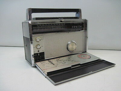 Zenith Transoceanic Royal 3000-1 Portable 9 Band Radio For Parts or Repair