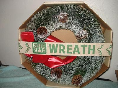Brite Star Christmas Wreath Pinecone  Vintage