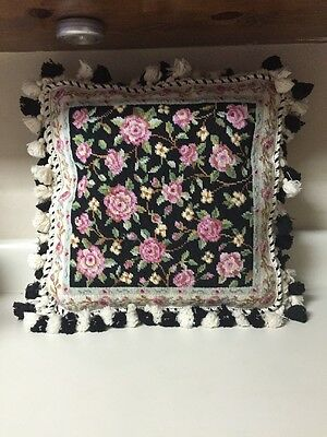 "17"" Rose Floral Black & Cream Needlepoint Pillow Cushion Cover Down Pillow Tassl"