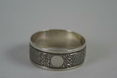 (ref165BH) Antique Silver Napkin Ring Hallmarked Chester 1900 Unusual Design