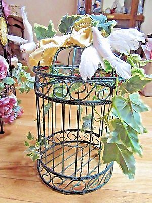 """Green wire Birdcage opens on top 16.5"""" X 9"""""""
