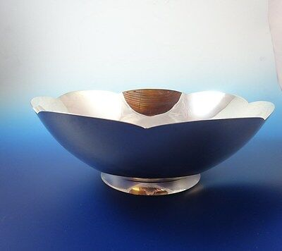 Beautiful Scalloped Edge Bowl in Sterling Silver by Tiffany & Co.