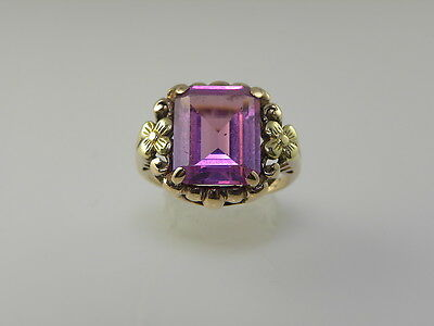 Ladies Vintage Art Deco Ring With Pink Tourmaline And Green Gold