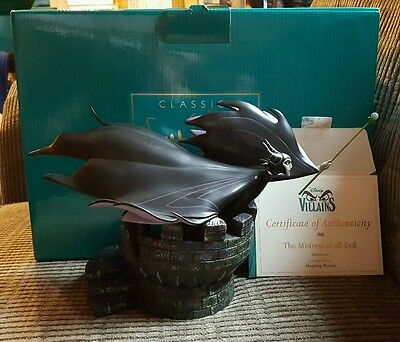 Disney WDCC the Mistress of all Evil Sleeping Beauty Malificent COA