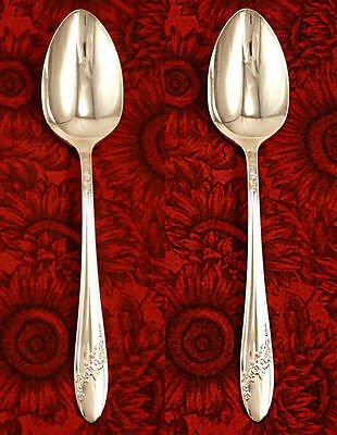 Oneida 1946 Queen Bess II  Pair of Serving Tablespoons Tudor Plate Silver Plate