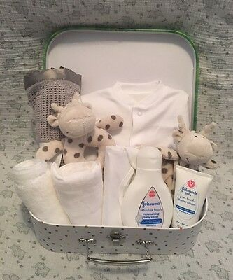 DELUXE Baby gift basket/hamper boy girl unisex neutral baby shower nappy cake