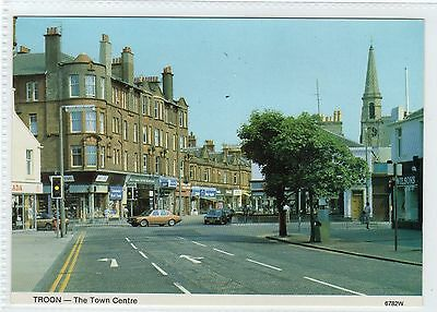 THE TOWN CENTRE, TROON: Ayrshire postcard (C9282)